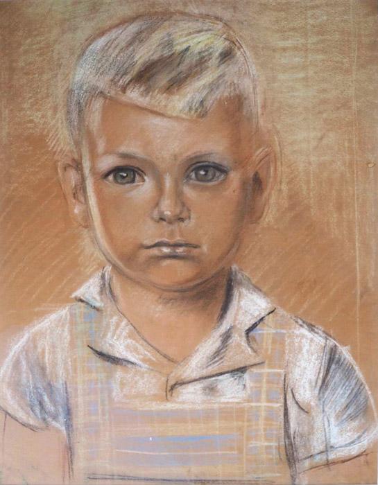 Piet Hein van Kessel, Batavia zomer 1943 – pastel-potlood/papier, 44x32 cm – opzet, ongesigneerd. Vier van de kinderen Van Kessel werden in de zomer van 1943 door Bep geportretteerd. Het portret van Arnold was nog niet klaar toen ze in juni 1943, na de arrestatie van hun vader, het kamp in gingen met hun moeder en baby-broertje van ongeveer zes weken. Ze zaten in kampen in Batavia (Tjideng, Kramat en Kampong Makassar) en in Buitenzorg (Kota Paris). Pas na de bevrijding kwamen ze te weten dat hun vader met zeventien anderen al in september 1943 was geëxecuteerd omdat hij had geweigerd een loyaliteitsverklaring te ondertekenen.