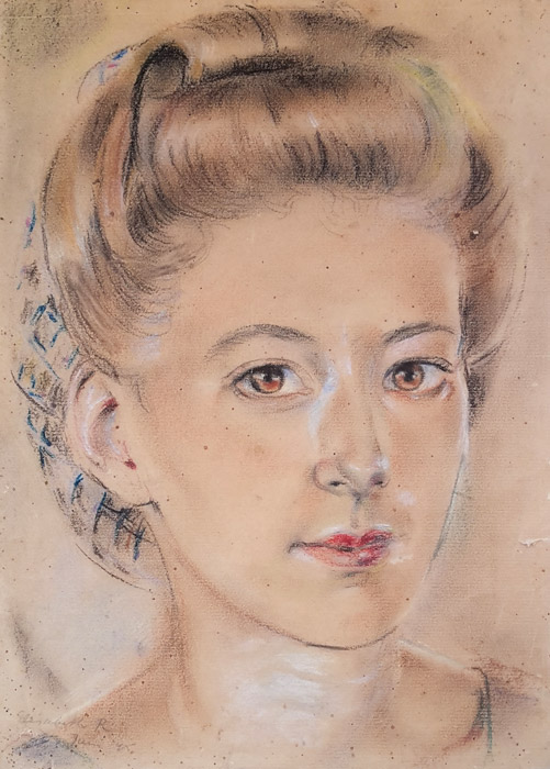 Sophie Sietinga in kampong Makassar - pastel/papier, 20x28 cm - Elisabeth R juni '45; linksonder. In het levensverhaal dat Sophie Sietinga optekende voor haar kinderen staat bij dit portret het bijschrift: 'deze tekening maakte een medebewoonster van mij in Kampong Makassar in ruil voor een broodje. Zolang zij krijtjes had, bleef zij doortekenen'. Sophie heeft het portret altijd gekoesterd en heeft later nooit geweten dat Elisabeth Rietveld de kunstenares was.
